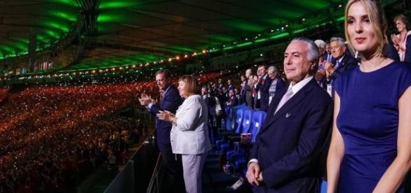 Temer recebe vaias no Maracanã