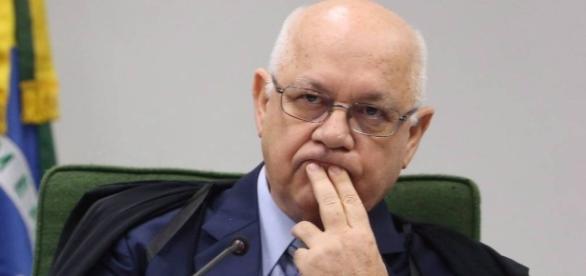 Teori Zavascki se irrita com defesa de Lula