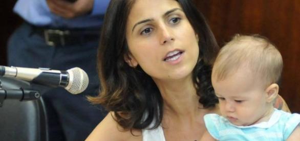 Candidata desiste de eleição para cuidar da filha