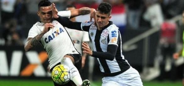 O Santos recebe o Corinthians, na Vila Belmiro, para um dos principais jogos da rodada.