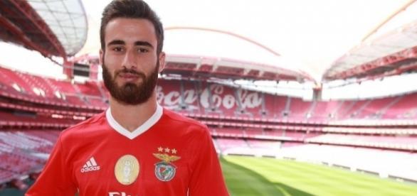 Rafa preferiu assinar pelo Benfica