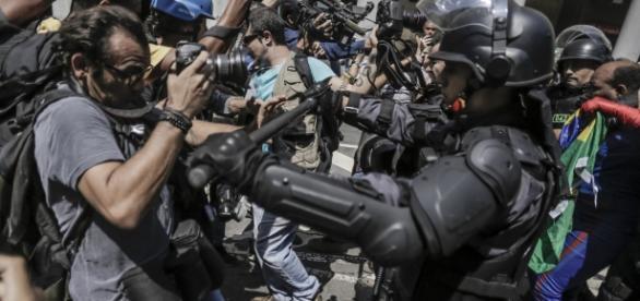 Repressão violenta aos protestos está acontecendo em todo o Brasil (Foto: Mídia Ninja)