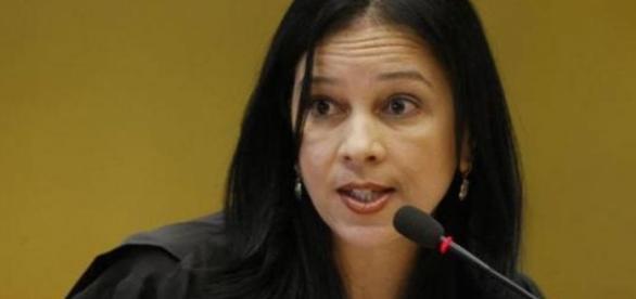 Temer nomeia Grace Mendonça para a Advocacia-Geral da União