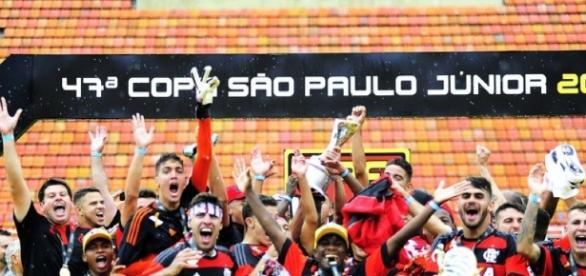 Flamengo é o atual campeão e vai em busca do tetra