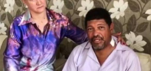 Pastor usa camisa com sangue para curar fieis - Google