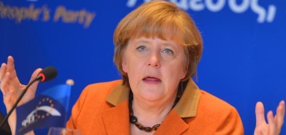 Rein gar nicht unter Kontrolle, dafür viele Polit-Placebos. (Foto: European People's Party / Flickr/ CC BY-SA 2.0)
