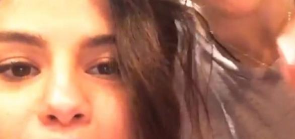Selena Gomez reencontra ex colega de elenco