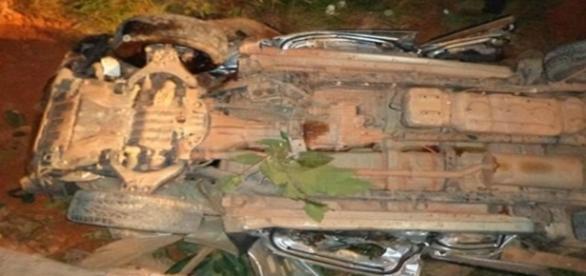 Cantor sertanejo cai da ponte com caminhonete e morre