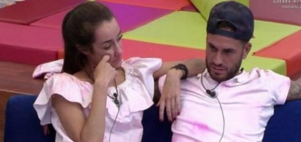 GH17: ¿Qué pasó entre Adara y Rodrigo en un baño del AVE?