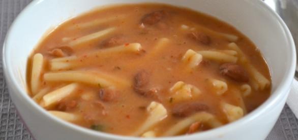Pasta e fagioli, una ricetta antica che portiamo in tavola anche nei giorni nostri