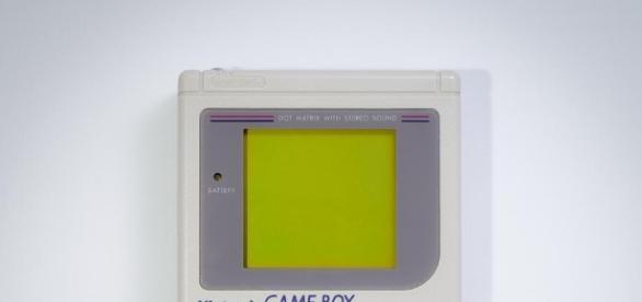 Sega Game Gear vs Nintendo Game Boy: Which '90s handheld was the ... - digitalspy.com