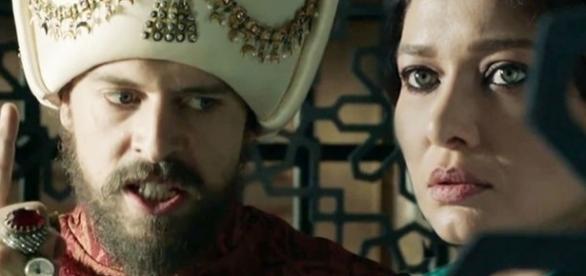 Sułtan Murad wraz z matką, sułtanką Kosem