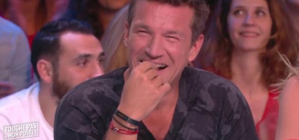 VIDEO - Découvrez pourquoi Benjamin Castaldi a montré ses fesses dans TPMP !