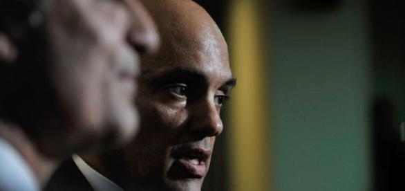 Ministro da Justiça, Alexandre de Moraes, rebateu o ex-ministro da Justiça do governo Dilma, José Eduardo Cardozo