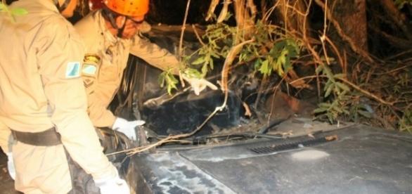 O acidente aconteceu próximo a fazenda Toca da Onça. (Foto: Corpo de Bombeiros/Divulgação)