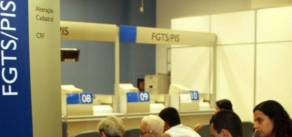 Saques de contas inativas do FGTS - Cronograma será liberado em fevereiro.