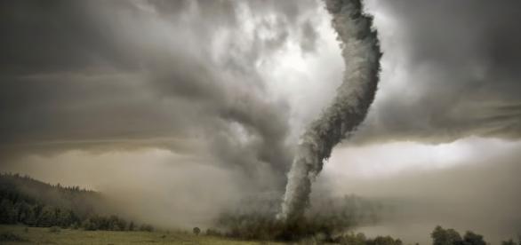 Terremotos y huracanes dejan miles de muertos anualmente