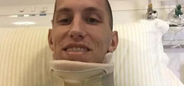 Goleiro sobrevivente do acidente da Chapecoense Follmann já tem alta prevista