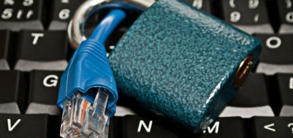 Governo Temer quer acabar com a internet ilimitada