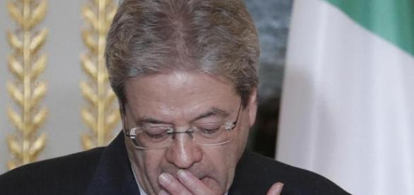 Dopo essere stato dimesso, Gentiloni ha subito presieduto il Consiglio dei Ministri