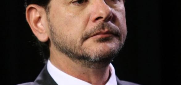 Assessoria de Cid Gomes divulgou que não há irregularidade no empréstimo - cearanews7.com