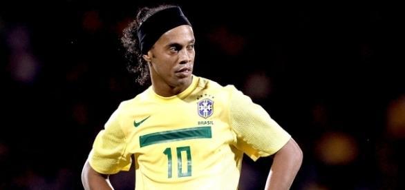 Ronaldinho Gaúcho receberá proposta do Coritiba na próxima semana (Crédito: globo.com)
