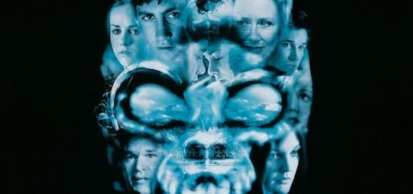 Donnie Darko, película en extremo compleja, devela mediante la fantasía, la naturaleza humana