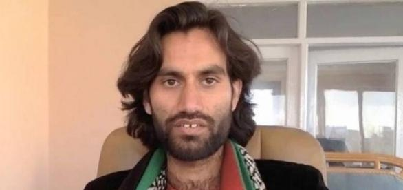 Pakistan holding hundreds of Pashtun girls as sex slaves: Umar ... - indiatimes.com