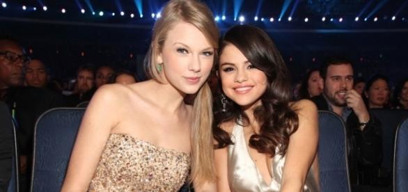 As duas cantoras sempre foram as melhores amigas