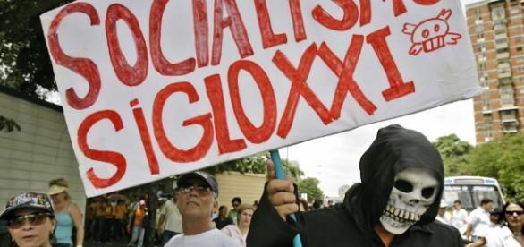 Fuertes desequilibrios económicos deja en Venezuela el sistema socialista