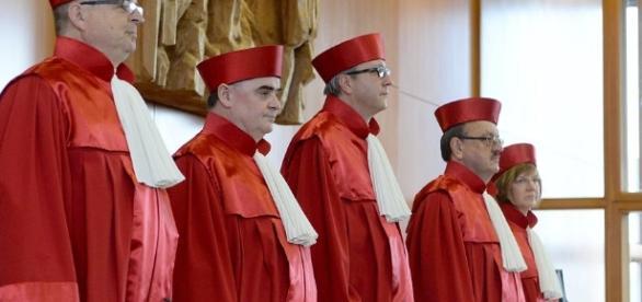 Die NPD bleibt erlaubt. Das Gericht hat entschieden. (Fotoverantw./URG Suisse: Blasting.News Archiv)