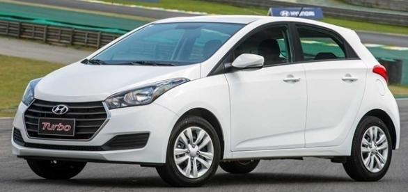 Hyundai HB20 2017 tem três opções de configuração, três de motor e duas de câmbio