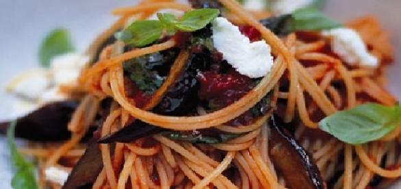 La gustosa pasta alla Norma siciliana