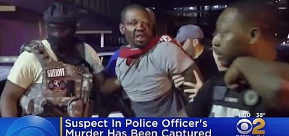 Cop Killer Marketh Loyd arrested / Photo screencap from CBS New York via Youtube