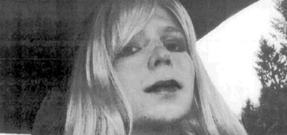 Obama shortens Chelsea Manning's prison sentence, grants clemency ... - thestar.com