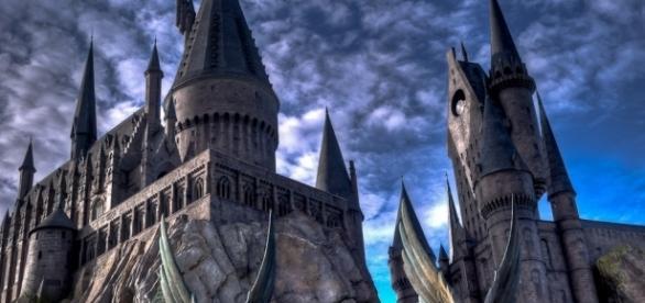 Anúncio misterioso sobre Harry Potter alvoroça o Twitter.
