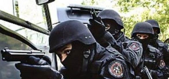 Ingresso na Polícia Militar e Bombeiros somente com Nível Superior ... - com.br
