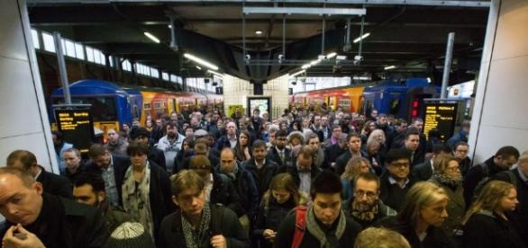 The end is nigh for rail strike militants as ministers FINALLY ... - thesun.co.uk