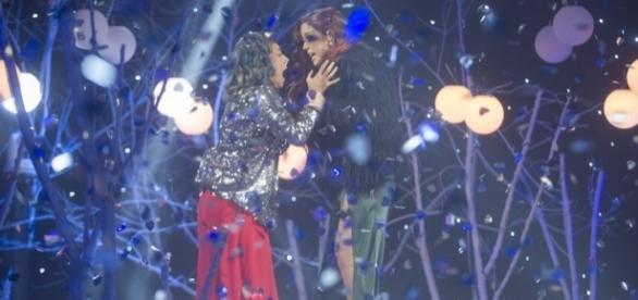 Beatriz y Meritxell durante la gala final 'GH17'