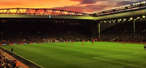 Liverpool vs Swansea predictions [image: upload.wikimedia.org]