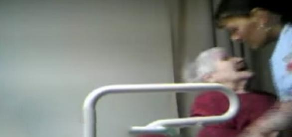 Senhora estava com sinais de agressão