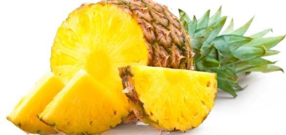 Ananas: proprietà, benefici e controindicazioni - Svago - svagonews.com