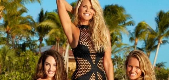 Christie Brinkley posa junto a sus hijas para Sport Illustrated
