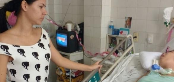 Jovem é submetida a cesárea e fica em estado vegetativo
