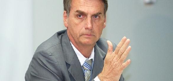 Plenário aprova moção de repúdio a Jair Bolsonaro | Teresina Diário - teresinadiario.com