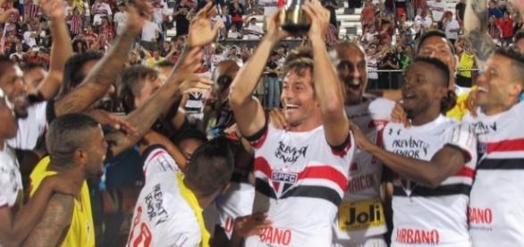 Em primeiro torneio do ano, São Paulo sagra-se campeão