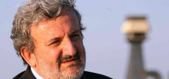 Michele Emiliano si candida alla guida del PD