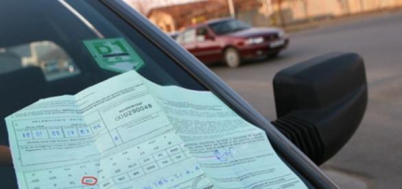 Cartea verde RCA a unui autovevehicul