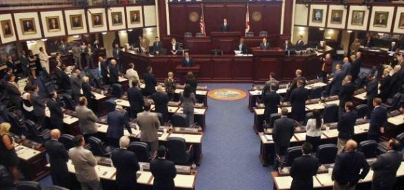 Legal 'battlefield' takes shape in Senate redistricting fight ... - politico.com