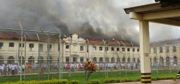 Rebelião e fuga em massa em Bauru deixa cidade em alerta.